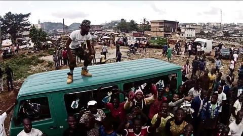 Au Cameroun, la culture rassemble un peuple divisé